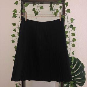 ANN TAYLOR LOFT Skirt (EUC)